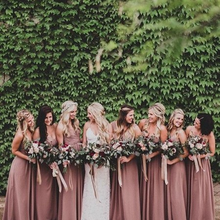 How to be the best bridesmaid image